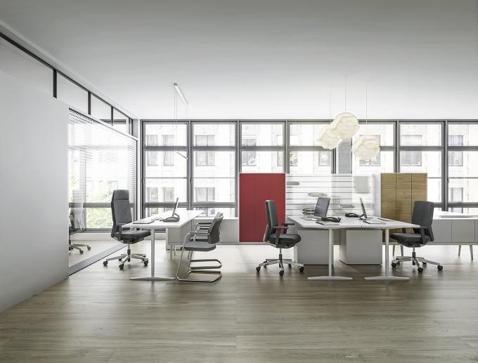 YOSTERis3 160Y Drehstuhl von Interstuhl Aktionsmodell